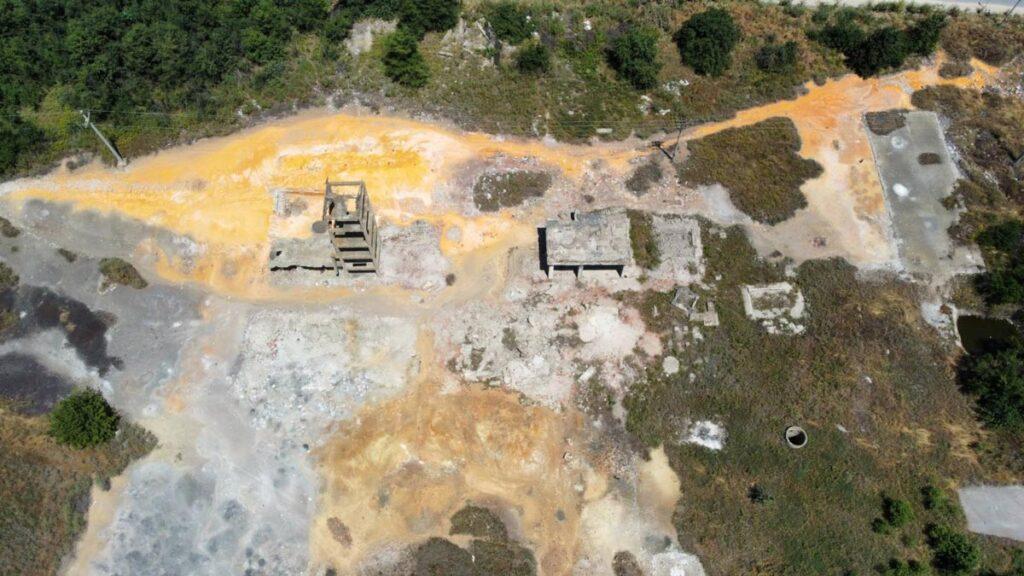 Поглед од дрон врз втората локација на која се наоѓа депонијата.